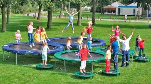 toutes les tailles de trampoline