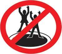 règle sécurité trampoline pas sauter à plusieurs